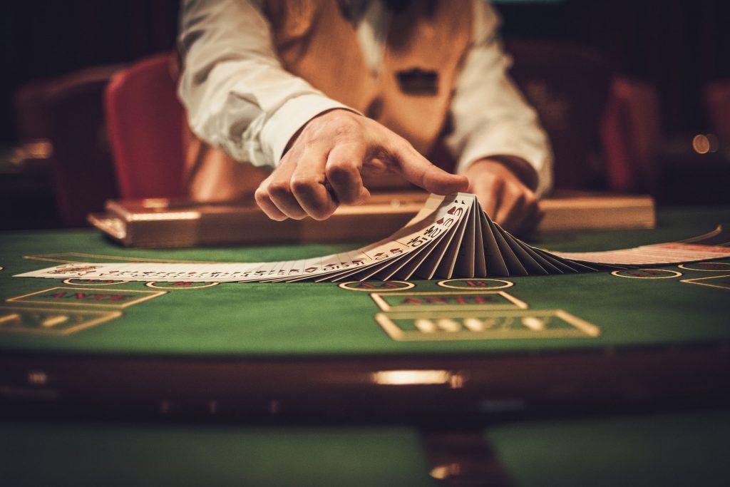 winning the poker game