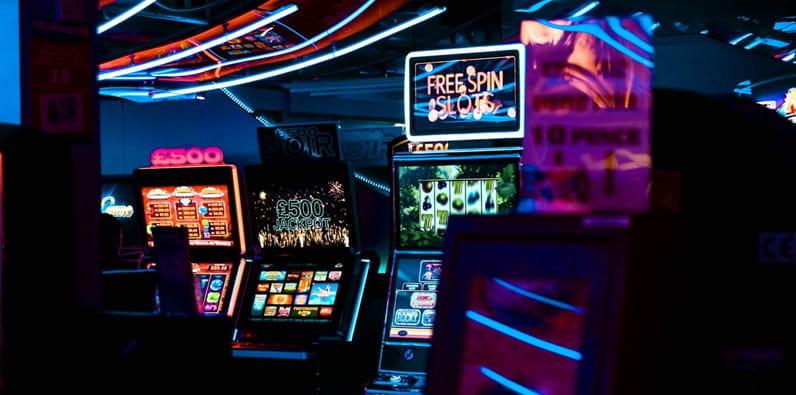 wide range of games in online casinos
